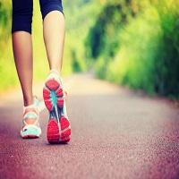 Estudo mostra que caminhar diariamente pode te fazer viver 15 anos a mais!