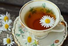 Chás emagrecedores para desinchar e eliminar gordura