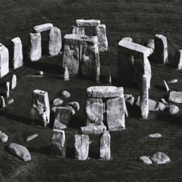 Teoria tenta desvendar mistério sobre a construção do Stonehenge