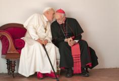 Dois Papas: Netflix revela a primeira imagem de Anthony Hopkins e Jonathan Pryce