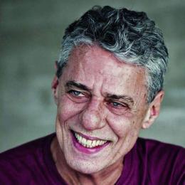 Chico Buarque x Alexandre Frota