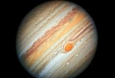 """Júpiter pode ter """"engolido"""" outro planeta há 4,5 bilhões de anos"""