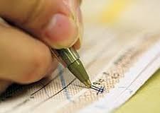 Juros do cheque especial continua acima dos 300% ao ano