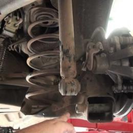 Quando deve substituir os amortecedores do seu automóvel