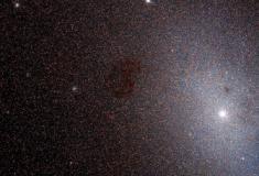 Hubble analisa, de perto, galáxia vizinha não tão morta quanto se imaginava