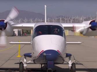 O primeiro avião elétrico da NASA começou os testes de certificação