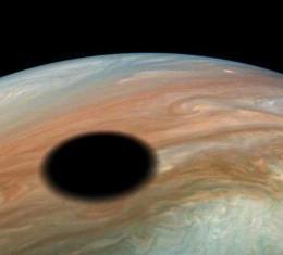 Nasa observa mancha negra gigante em Júpiter