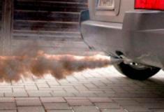 Nova legislação promete reduzir emissão de gases poluentes de veículos