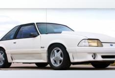 Americano se emociona ao recuperar o Ford Mustang após vender há 17 anos