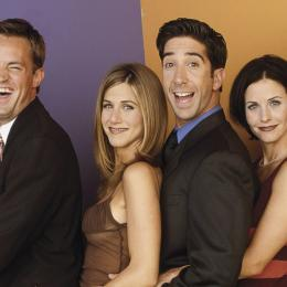 Friends - Atriz revela o motivo de filme baseado na aclamada série nunca ter acontecido