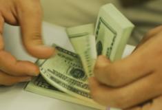 Gastos de brasileiros no exterior sobem para um bilhão e trezentos milhões de dólares