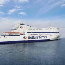 A Brittany Ferries retira plástico descartável dos seus navios
