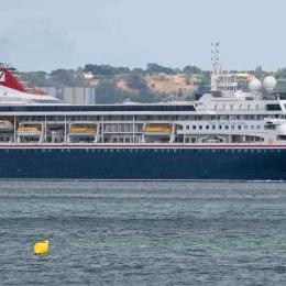 MS Braemar não consegue porto para atracar por ter coronavirus a bordo