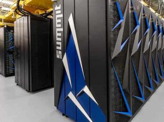 O supercomputador mais rápido do mundo descobre 77 tratamentos potenciais para o COVID-19