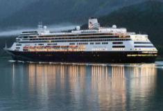 """Quatro mortos e dois casos COVID-19 a bordo do navio de cruzeiro MS """"Zaandam"""""""
