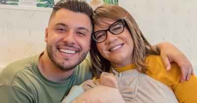 Marília Mendonça exibe animação do filho, Léo, ao ganhar presente de Murilo Huff