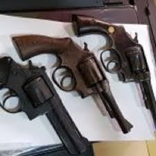 Frase de Bolsonaro sobre dar armas para população é rejeitada por 72%