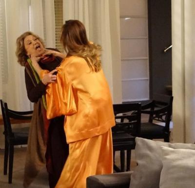 Íris descobre novo segredo de Tereza Cristina e vilã tenta matar a tia
