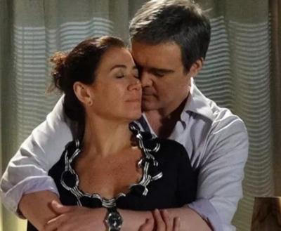 'Fina estampa': Griselda e René têm sua primeira noite de amor