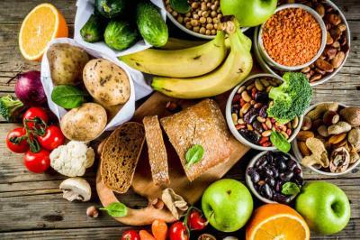 Anote quatro nutrientes para potencializar o seu sistema imunológico