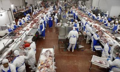 China suspende importações de três produtores de carne do Brasil com preocupação sobre casos de Covid-19