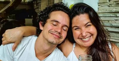 Emocionada, Mariana Xavier anuncia que não vai mais morar com namorado