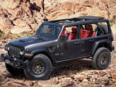 Jeep prepara Wrangler V8 para brigar com o Ford Bronco