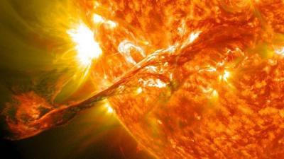 Novo método pode prever erupções solares com horas de antecedência, apenas