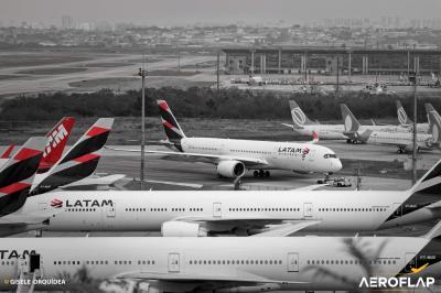 LATAM pode demitir 2700 tripulantes após rejeição às mudanças permanentes
