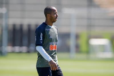 Chegou, jogou: apresentado nesta terça-feira, Mariano será titular do Atlético-MG contra o América-MG