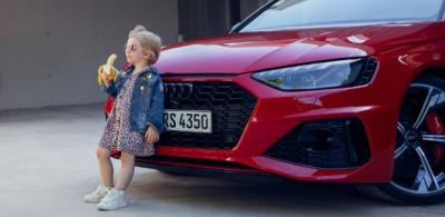 Audi pede desculpas após propaganda com imagem de criança: 'Insensível'