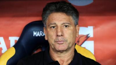 Renato Gaúcho critica Jorge Jesus em negociação de Everton: 'Tentou fazer a cabeça dele para não entrar em campo'
