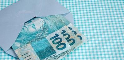 BC estudou acabar com nota de R$ 100, mas custo com dinheiro iria dobrar