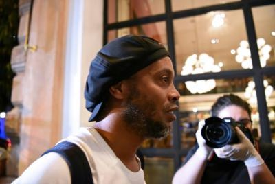 Ronaldinho e seu irmão estão perto de recuperar liberdade no Paraguai