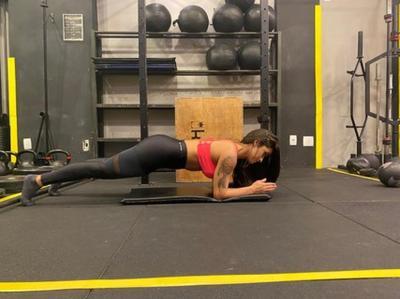 O jeito certo e o errado dos exercícios: dicas para evitar lesões