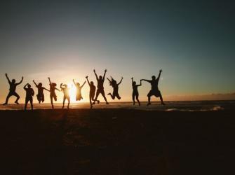 9 Maneiras de fortalecer suas amizades