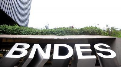 BID libera R$ 4 bi para BNDES oferecer crédito a micro, pequenas e médias empresas