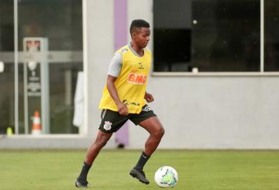 Escalação do Corinthians: treino tem Boselli e Cazares trabalhando com o grupo; veja provável time
