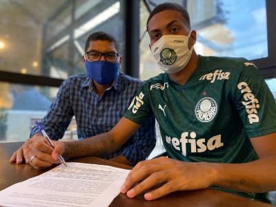 Filho de Narciso assina contrato profissional com o Palmeiras; multa supera meio bilhão de reais