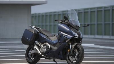 Maxiscooter Honda Forza 750 é apresentada oficialmente