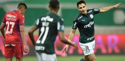 Pottker esfria, mas Cruzeiro tenta Veiga e quer retorno de Willian Bigode