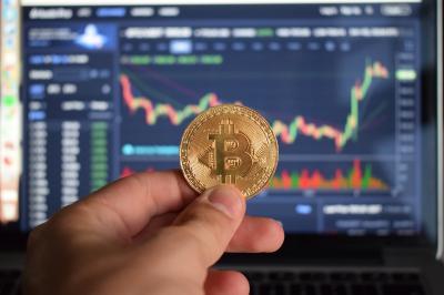 """Gestor de fundo diz que """"bitcoin não serve para nada"""", vira piada e apaga post"""