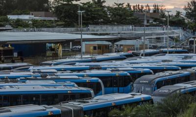 Paralisação do BRT é encerrada após empresa se comprometer a pagar o 13º salário
