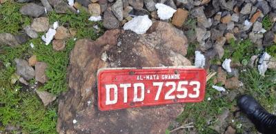Ônibus que caiu de viaduto em MG já havia sido autuado três vezes por transporte irregular de passageiros
