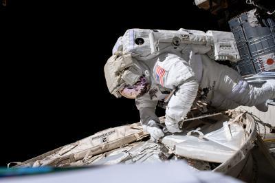 Sistema para filtrar urina de astronautas pode fornecer água potável na Terra